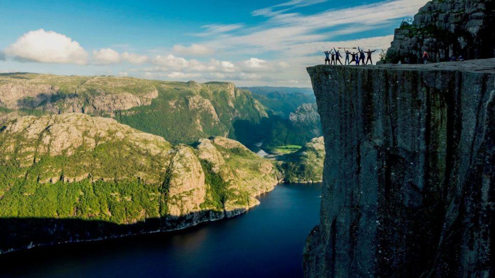 Turistický zájazd naseakajaku doNórskych fjordov